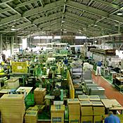 工場内(アルミ工場)
